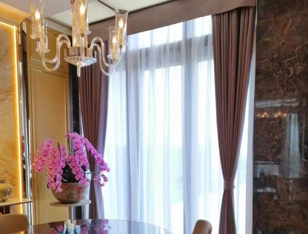 客厅遮光窗帘
